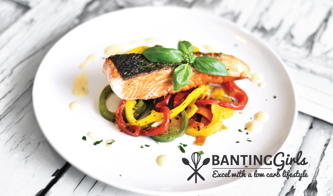 Grilled salmon with bell peppers